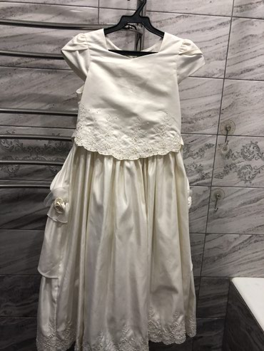 Продаю красивые девочковые платья, состояние и качество отличное.  в Бишкек