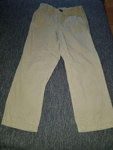 Bele pantalone - Srbija: Benetton pantalone velicina 100