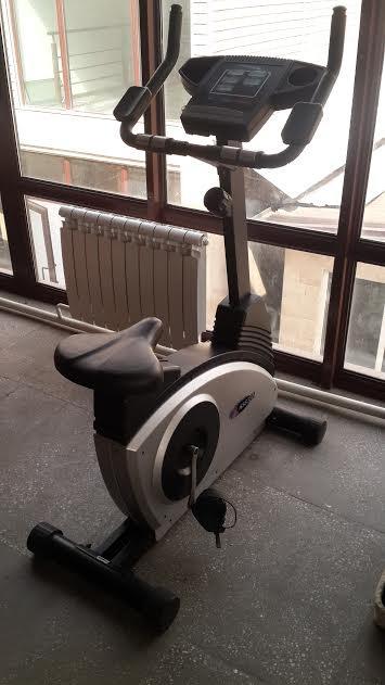 Велотренажер б/у  для тренажерных залов.  в Бишкек