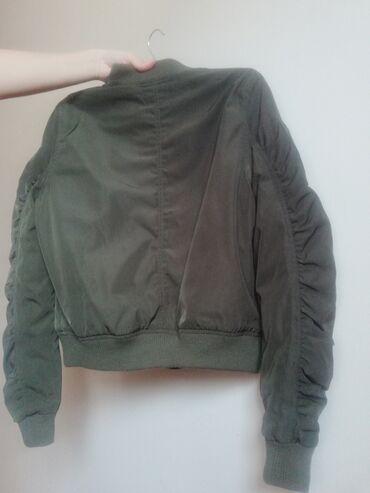Ženski kaputi - Srbija: Bomber jakna, topla i jako udobna. Kao nova! Odgovara S i M velicini
