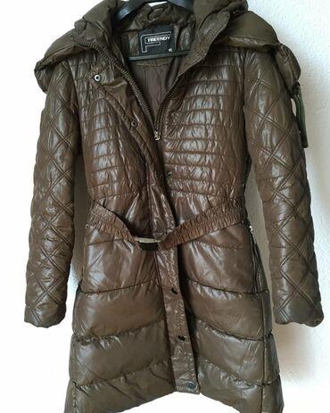 Asus p750 - Srbija: Zimska jakna velicine S (odgovara i vel M) jednom nosena