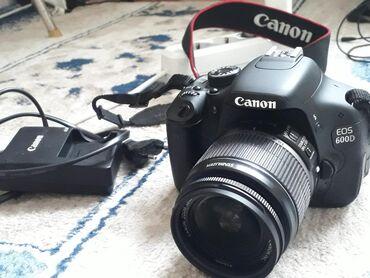 Фото и видеокамеры - Кок-Ой: Фотоаппарат Canon 600d В Отличном состоянии.Срочно срочно