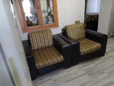 столик прикроватный в Азербайджан: Диван раскладной два кресла и журнальный столик б/у