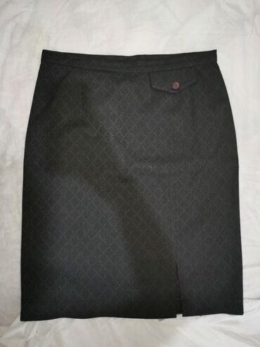 Черное платье: Размер: 42 L.Черно-Розовое платье: 3500. Размер: 42