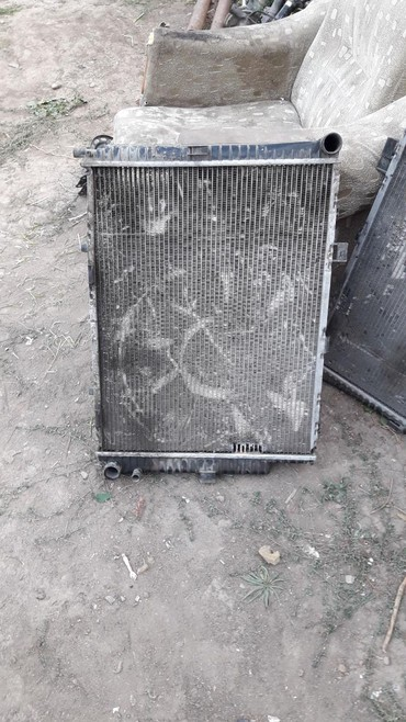 Радиатор Мерс 4.3 210 в Лебединовка