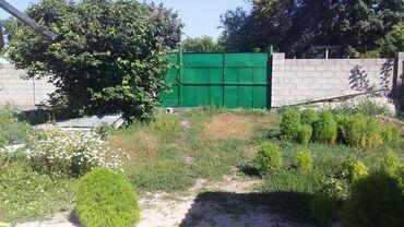 Недвижимость - Кемин: 4 комната 1 коридор и тапчаны и сад есть и можно что хотите в сады