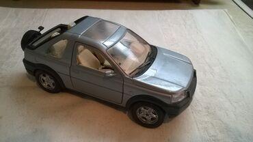 Avtomobil modelləri | Srbija: Burago Land Rover Freelander1:24 svetlo plavi, naprsao zadnji ram