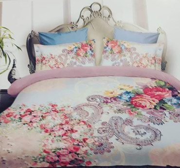 Bakı şəhərində Türk matrealindan tikilmiş kefiyyetli elvan yataq destleri.