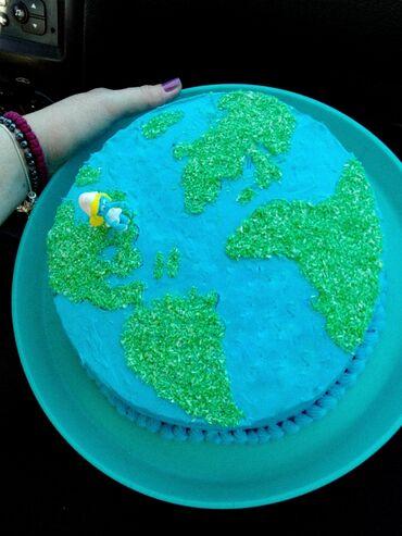 Domace torte - pesak torta Cena sa rukama i materijalom 2500