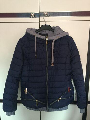 Zimske-jakne - Srbija: Prelepa i pretopla zimska jakna, svega par puta obucena, u odlicnom