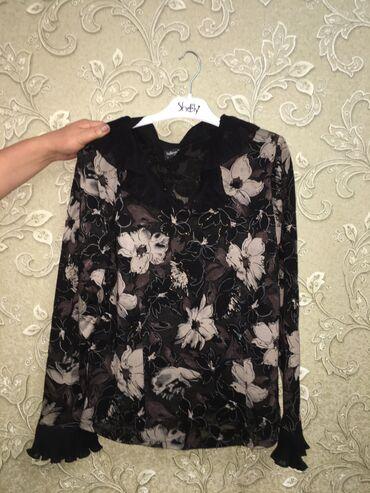 Женская блуза корейская в хорошем состоянии