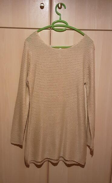 Πλεκτό φόρεμα, size M, χρώμα : μπεζ, αφόρετο.Έχει μαλακή πλέξη χωρίς