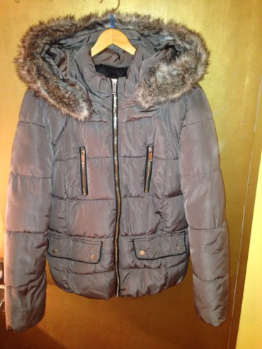 Braon jakna prelepa! U odlicnom stanju. Yessica c&a. Krzno se skid - Beograd