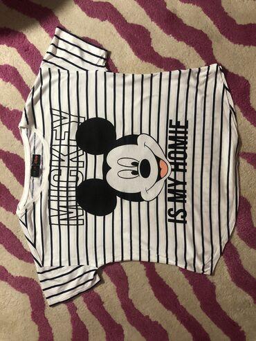 Miki Maus majica,Bershka,velicina odgovara S/M