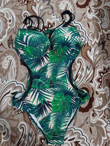 Женская одежда - Кой-Таш: Продаю купальник новый