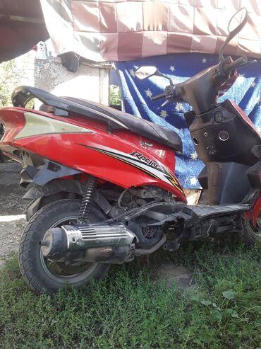 Мотоциклы и мопеды - Кок-Ой: Скутер сатам 150куб документ+ шлем 25.000мин ном