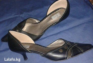 Новые туфли Италия 40 разм, прес кожа, в Бишкек