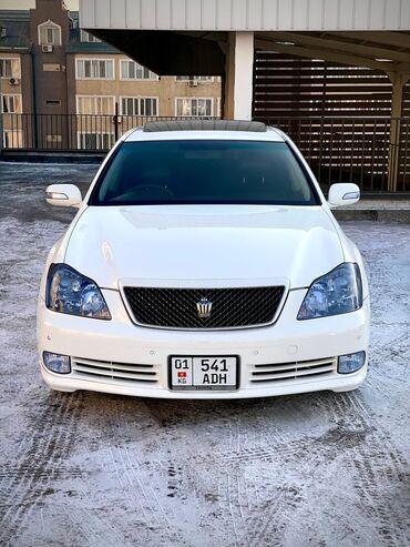 Toyota Crown 3 л. 2004   182000 км