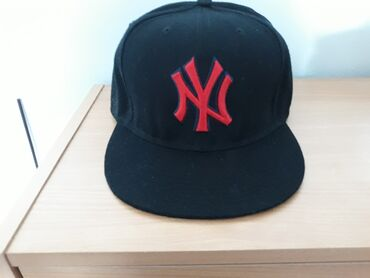 Kape - Srbija: New York Yankees original kacket. Nenosen, promasio sam velicinu