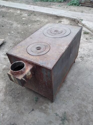 Печи и камины в Кыргызстан: Буржуйка печка сатылат 2шук состояние абалы жакшы