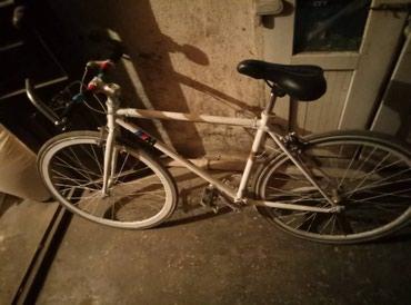 Продам шоссейный велосипед, крашенный под бмв м за 4200 в Бишкек