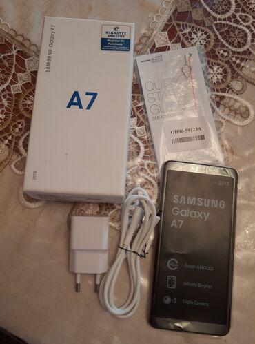 İşlənmiş Samsung A7 128 GB qızılı