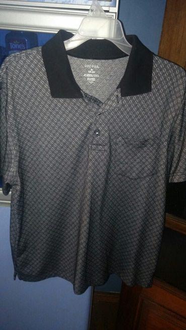 Рубашки мужские, размерM, в хорошем состоянии по 5манат в Bakı