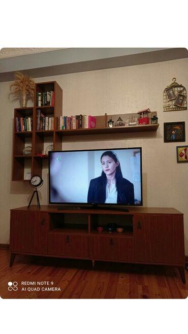 kitab refi satilir в Азербайджан: Cox təcili satılir Tv stend ve kitab refi biryerde 50 aznAyaqabi