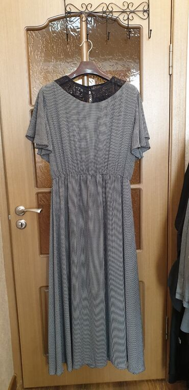 женское платье 56 размера в Кыргызстан: Платье женское, надела один раз, размер 56 на рост 176 без каблука