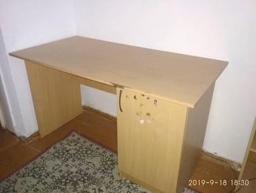 Стол и подставка под телевизор бу в Беловодское