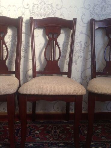 Стол со стульями  Не комплект  Стол ручной работы ножки откручиваютс