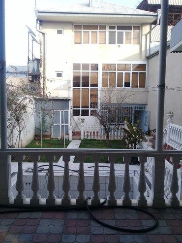 Gəncə şəhərində Gencede tecili villa satilir 3 mertebeli 120000- şəkil 2