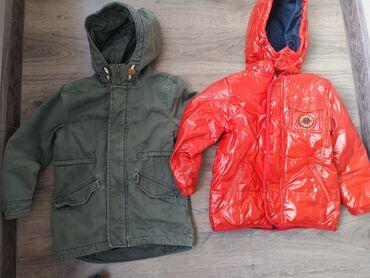 Продам две куртки на мальчика, размер указан, по факту все лет на