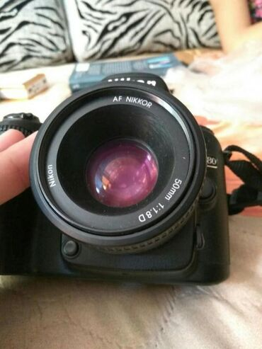 фотоаппарат canon 10d в Кыргызстан: Nikon d80 жакшы абаалда иштеши жакшы ̶ 1̶5̶0̶0̶0 тушуп беребиз срочно