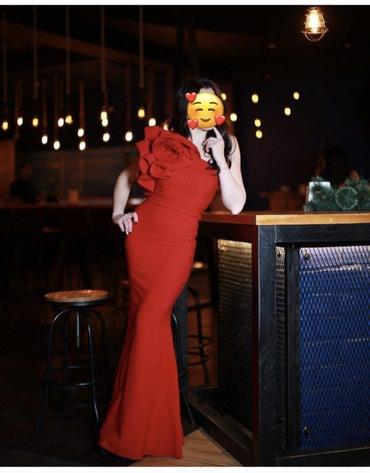 красное платье на свадьбу в Кыргызстан: Сдаю шикарное платье в прокат Вечернее платье Платье на выпускной  Пл