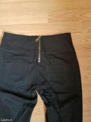 Pantalone-hm-duboke - Srbija: Pantalone uske duboke nosene