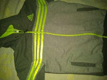 Dečija odeća i obuća | Bogatic: Adidas duks 135,za uzrast 10god,sivo i drecavo zelena. Bez oštećenja