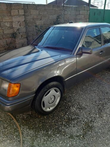 avtomobil icarəyə - Azərbaycan: Mercedes-Benz E 200 2 l. 1991 | 687560 km