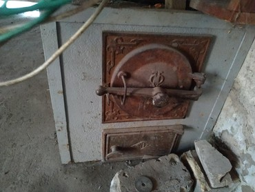 357 объявлений: Продаю печку для отопления для дома, Эл. и уголь, печка новая, труба