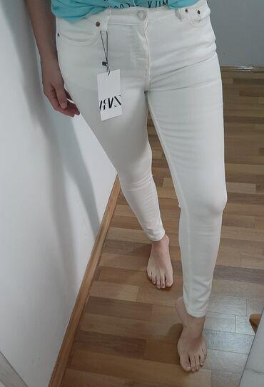 Bele sa farmerice - Srbija: Novo Zara farmericeVelicina 36Mid rise visina strukaSa etiketomRazmene