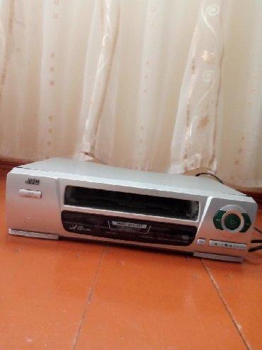 video kaset - Azərbaycan: Video aparat. Ancaq kasetler üçündür. Diskler yox!!!. Real alıcılar