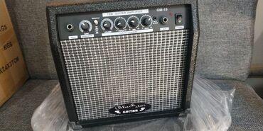 электрогитара ibanez в Кыргызстан: Комбик 15 ват Black star guitar  Размеры 35х24х37 см  вес примерно ок