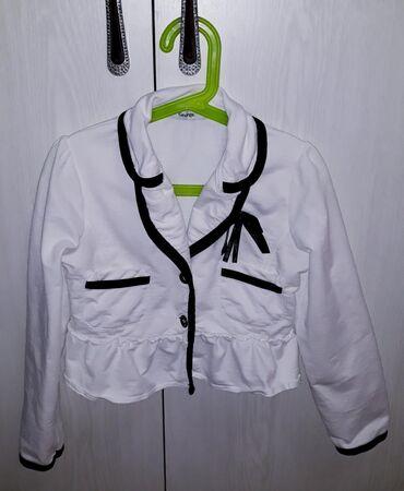 Пиджак нарядныйна девочку. 100% хлопок. Фирма George.Размер: 6 - 8