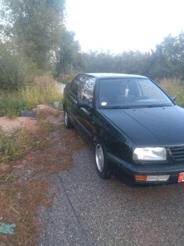 Автомобили - Токтогул: Volkswagen Vento 1.8 л. 1993   250000 км