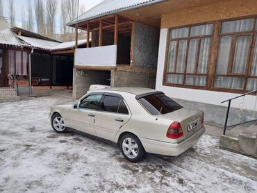 Mercedes-Benz C 180 1.8 л. 1995