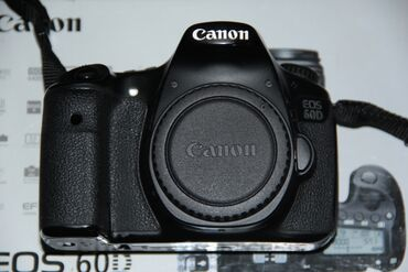 Фотоаппараты - Базар-Коргон: Срочно продаю CANON EOS 60D BODY фотоаппарат в отличном рабочем