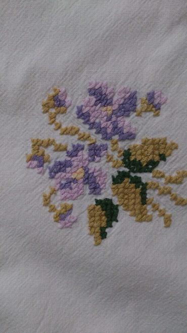 Tekstil Azərbaycanda: Qedimi al iwi, 80*80 салфетка ручной работы с вышивкой и кружевами руч