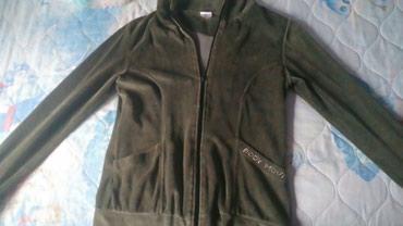 Plišana jaknica, vel. M, bez oštećenja - Zajecar