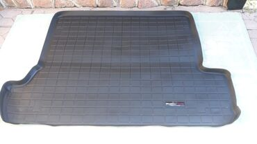Продаю Коврик багажника на Тойота Фораннер. Цена окончательно 3000 сом