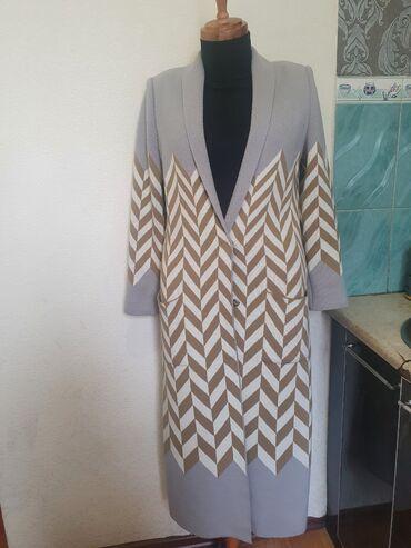 Пальто - Размер: M - Бишкек: Кардиган брендовый! Итальянская пряжа шерсть . Брали дорого